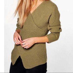 Boohoo Sweaters - Cross v neck sweater
